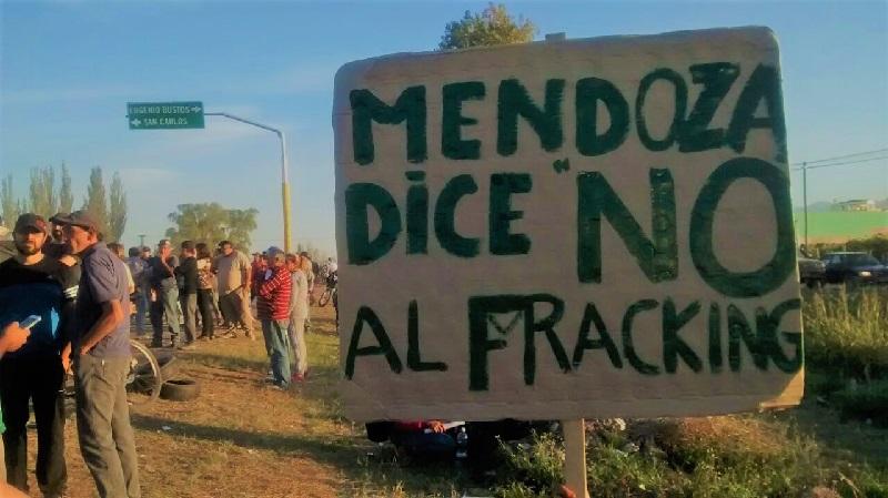 Resultado de imagen para protestas contra el fracking general alvear