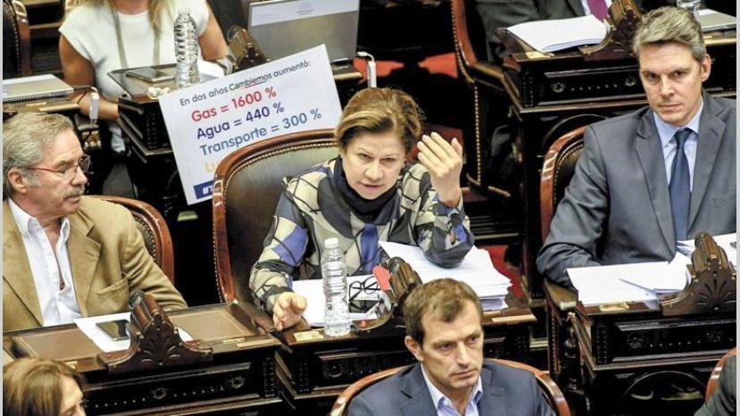 Cambiemos busca anticiparse a la oposición en Diputados