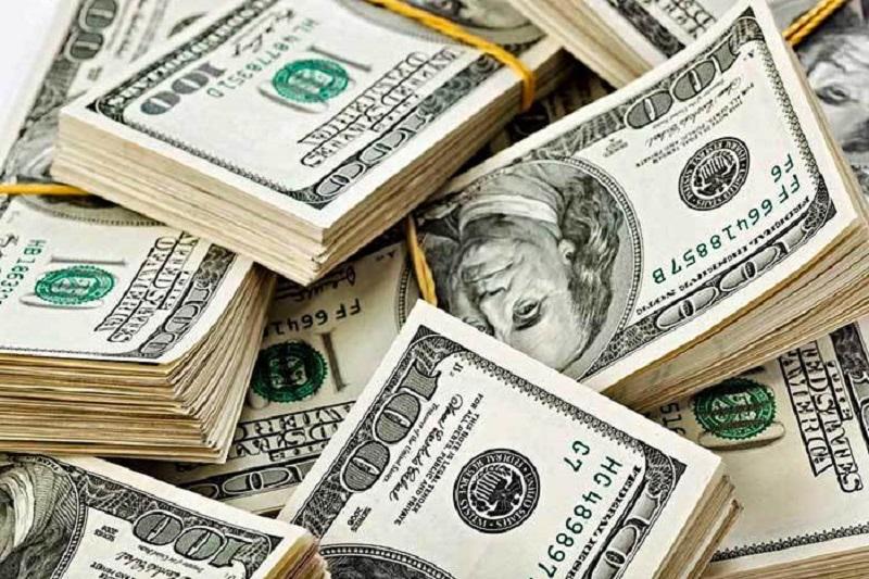 Dólar gana terreno, se vende hasta en 19.97 pesos en bancos