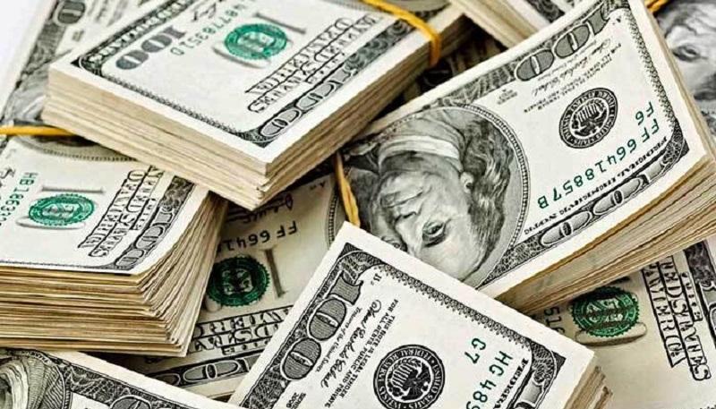 Economía: Sturzenegger avisó que las tasas de interés