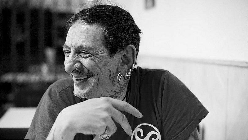 Retienen a Evaristo, ex de La Polla Records, tras un concierto