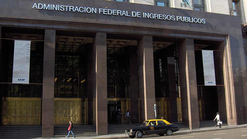 La AFIP busca regularizar el empleo informal