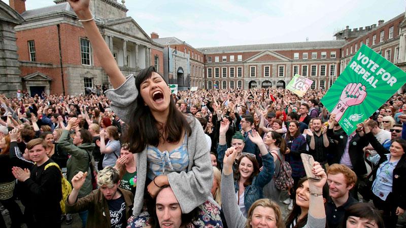 Actualidad: Irlanda, uno de los países más católicos, legalizó el aborto