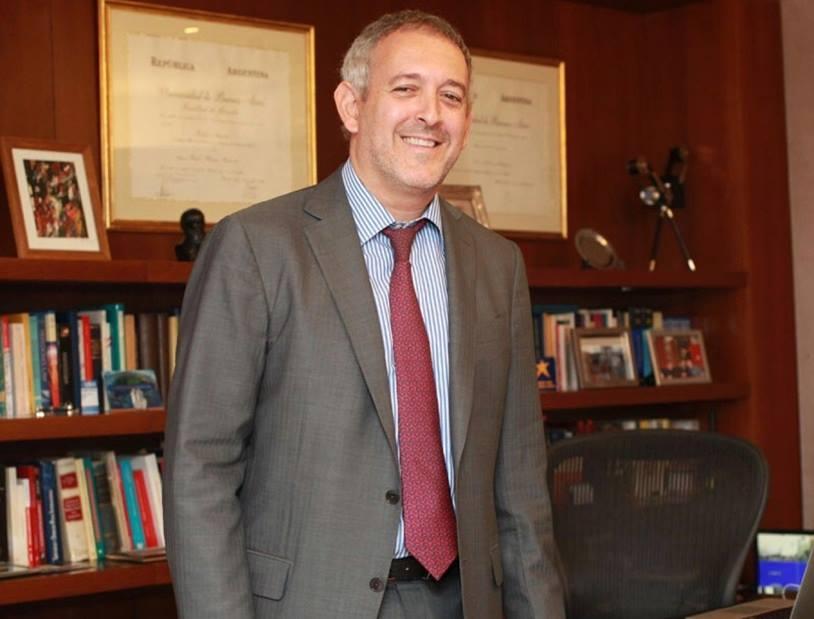 Tras la denuncia de la izquierda, renuncia vicerrector y ex-SIDE Darío Richarte