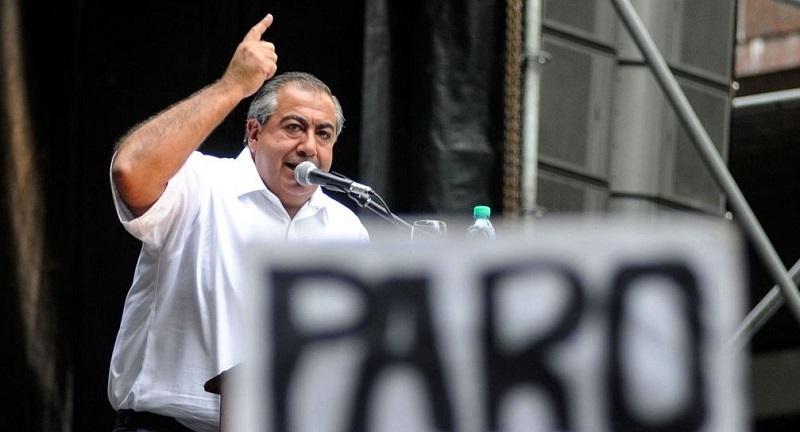 Multitudinaria marcha contra las políticas de Macri