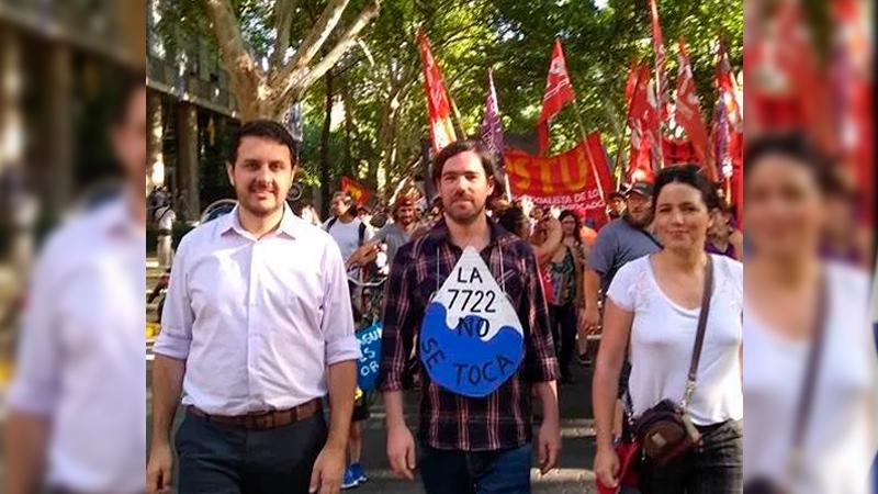 """Nicolás del Caño: """"La movilización obligó al gobernador a derogar la ley cianuro"""""""