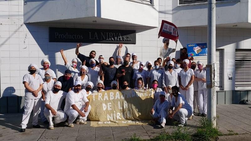 Luego de meses de lucha La Nirva logra ser reconocida como cooperativa
