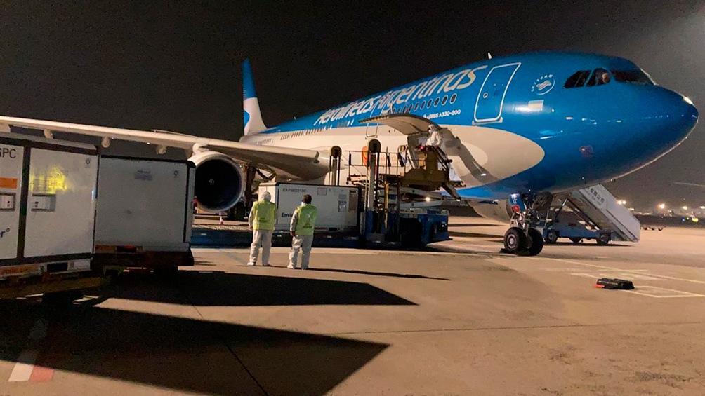 Este jueves llega al país el vuelo que trae la vacuna Sinopharm desde China
