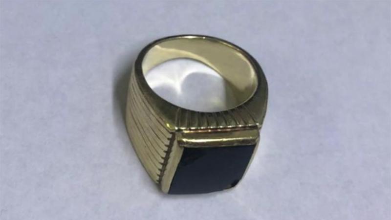 Encontraron el anillo de Menem