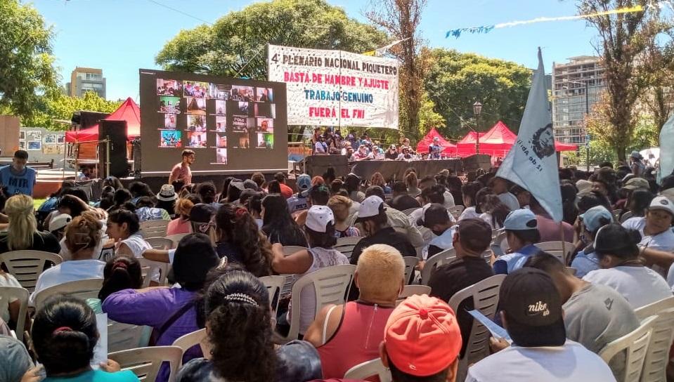 Plenario piquetero votó plan de cortes y acampes para marzo