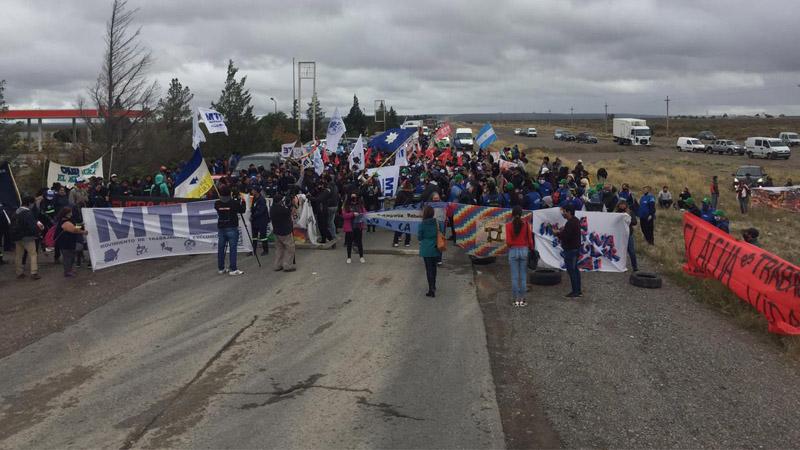 Importante jornada de lucha antiminera en Trelew