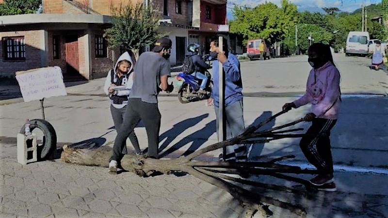 Vecinos de Campo Verde resisten imposición de Morales y su policía
