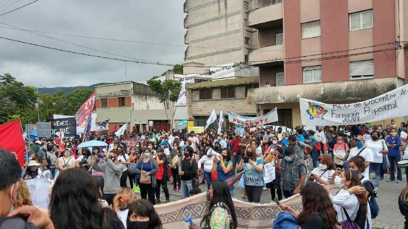 Jujuy: docentes se movilizaron por otorgamientos irregulares de cargos