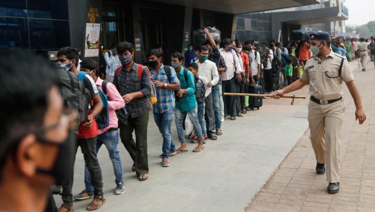 India registra un récord de más de 200.000 casos de covid-19 en un día