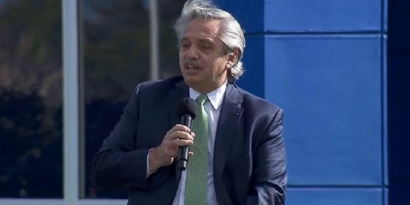 """Fernández, de """"Juan Domingo Biden"""" al respeto sagrado de los negocios de Sigman"""