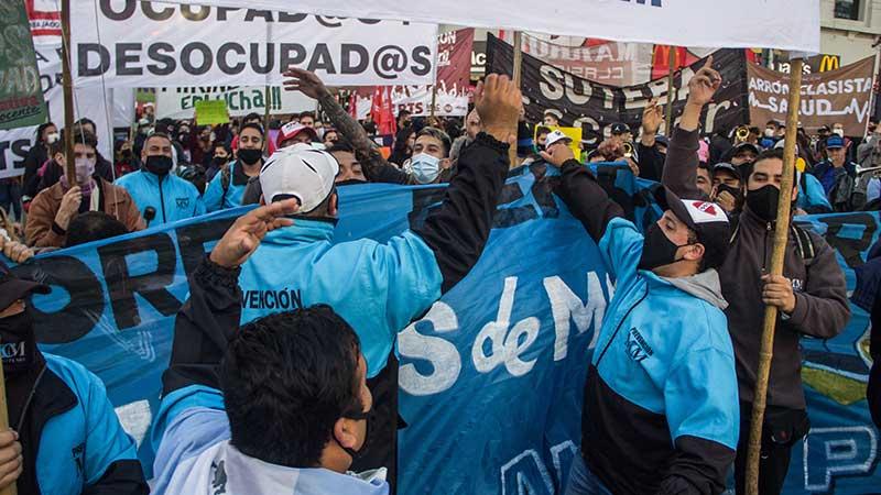 Tercerizados ferroviarios marcharán a las oficinas de Trenes Argentinos