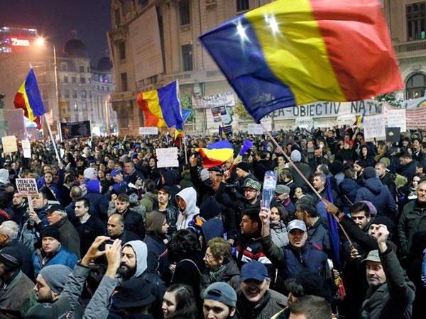 Resultado de imagen para rumania manifestaciones