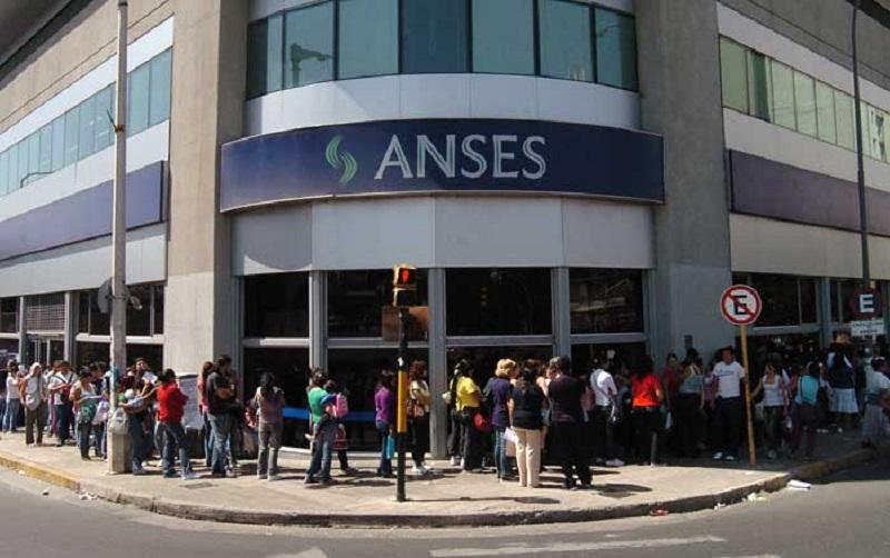 ANSES estudia más ventas de acciones de empresas