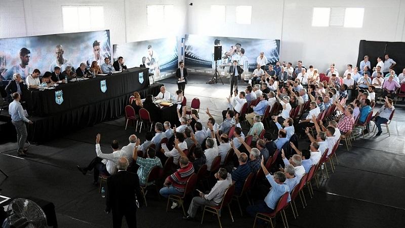 La AFA aprobó la creación de la Superliga