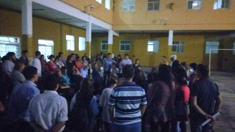 Isfdyt 24 de bernal m s de 100 docentes y estudiantes en for Comedores escolares caba