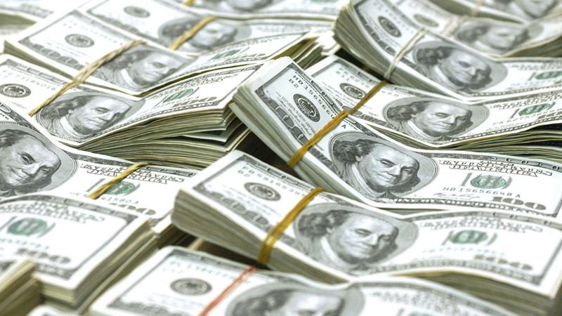 El Gobierno prevé colocar deuda por U$S 800 millones