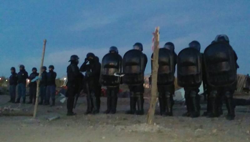 Represión y paro en Neuquén