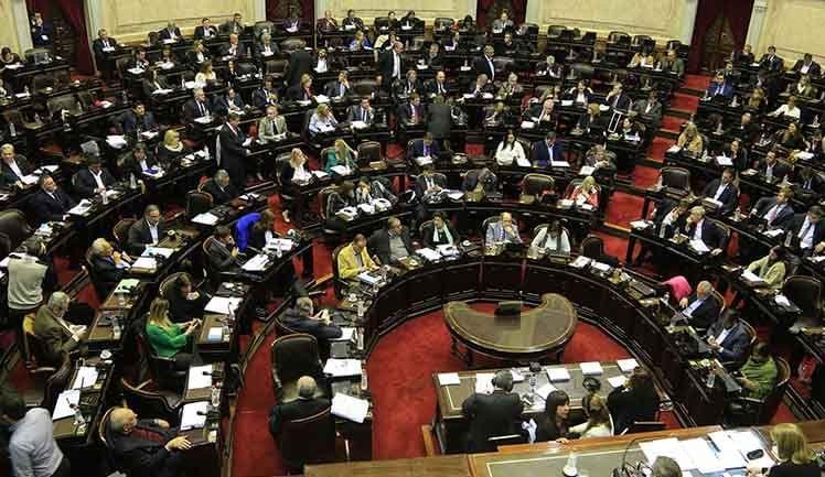 Diputados aumentaron los montos que cobran por gastos de representación y viajes
