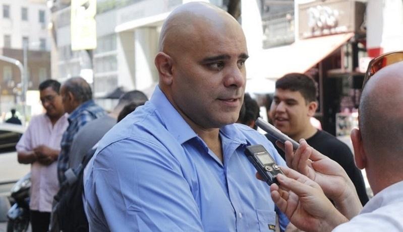 Metrodelegados abrirán los molinetes en reclamo de las paritarias