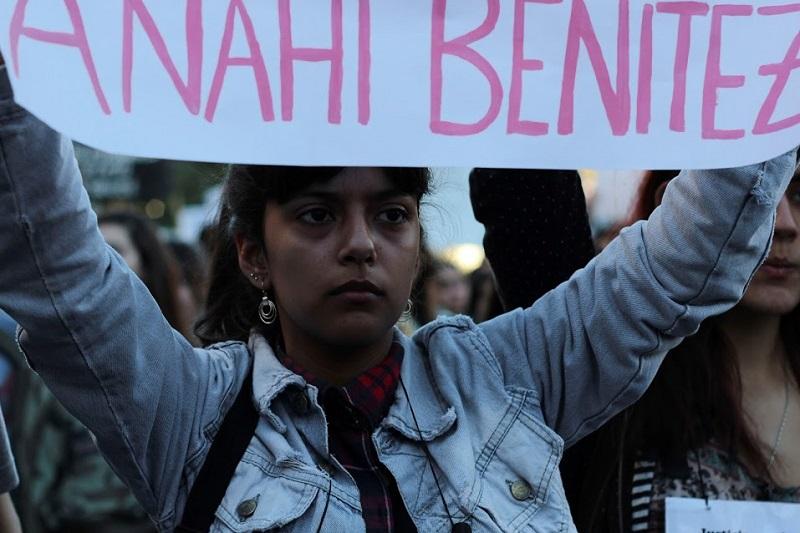 Asesinan a una adolescente cada diez días — Argentina