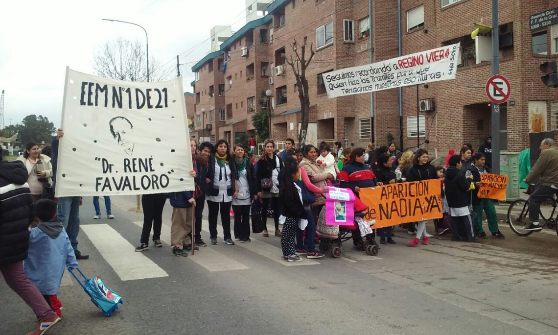 Corte en Corrientes y Callao en reclamo de una adolescente desaparecida