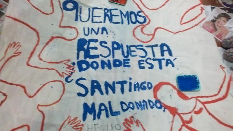 En Neuquén marchan por la aparición con vida de Santiago Maldonado