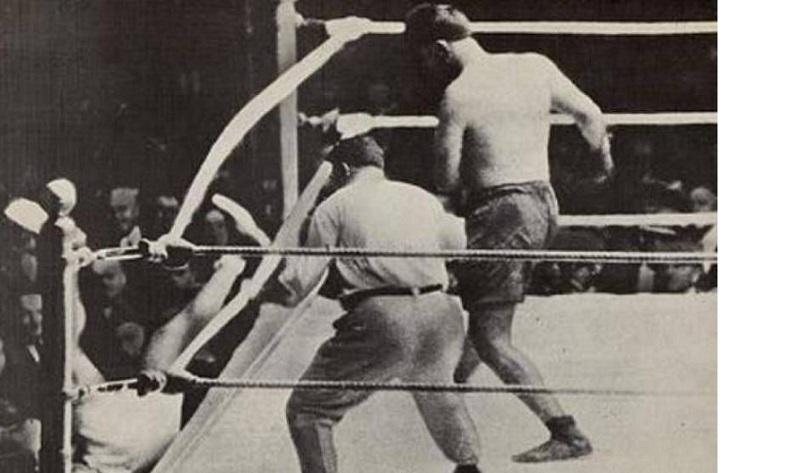 El  De Septiembre De  En El Polo Grounds De Nueva York El Argentino Luis Angel Firpo Escribio Una Pagina Gloriosa En La Historia Del Boxeo