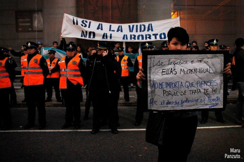 Convocan a un grito global por el aborto legal