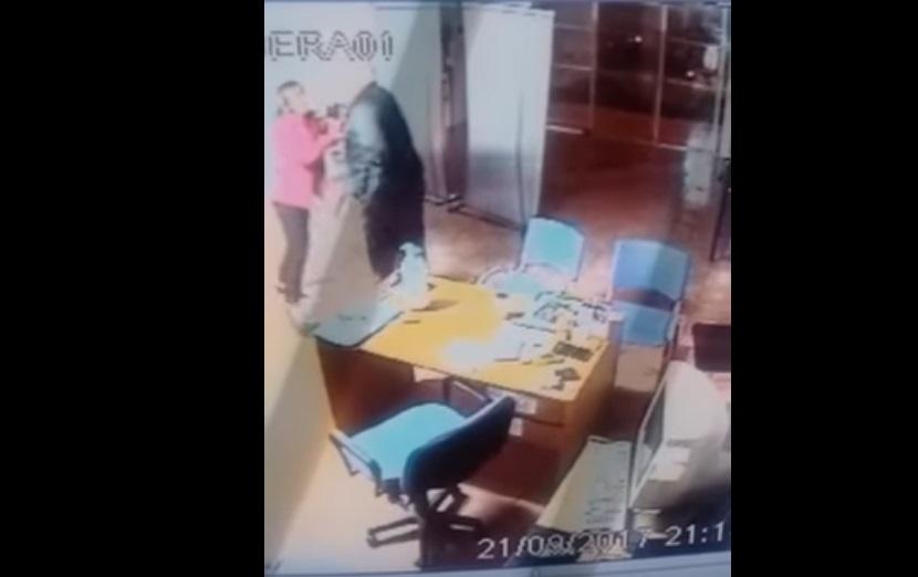 Alvear: funcionario golpeó a una mujer y piden su expulsión