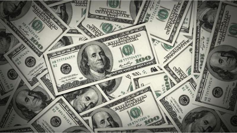 El dólar modera alza, pero igual cotiza por encima de los $ 18
