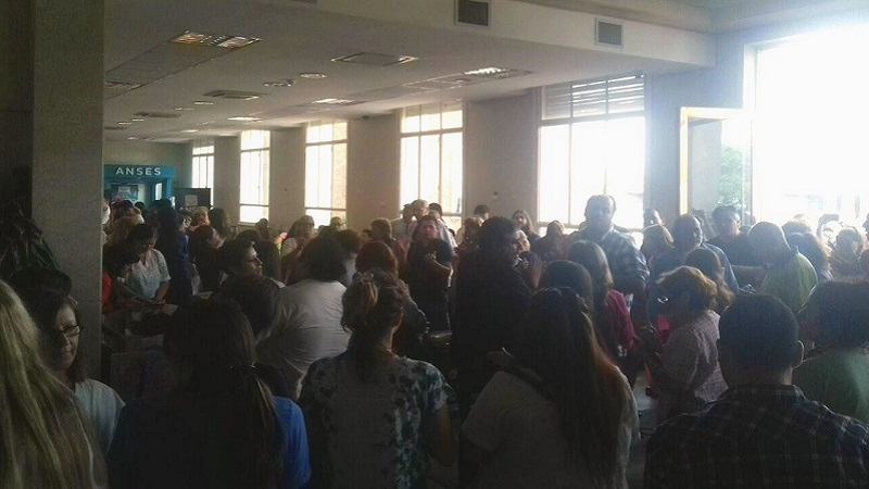 Despidieron a 150 trabajadores en el Hospital Posadas
