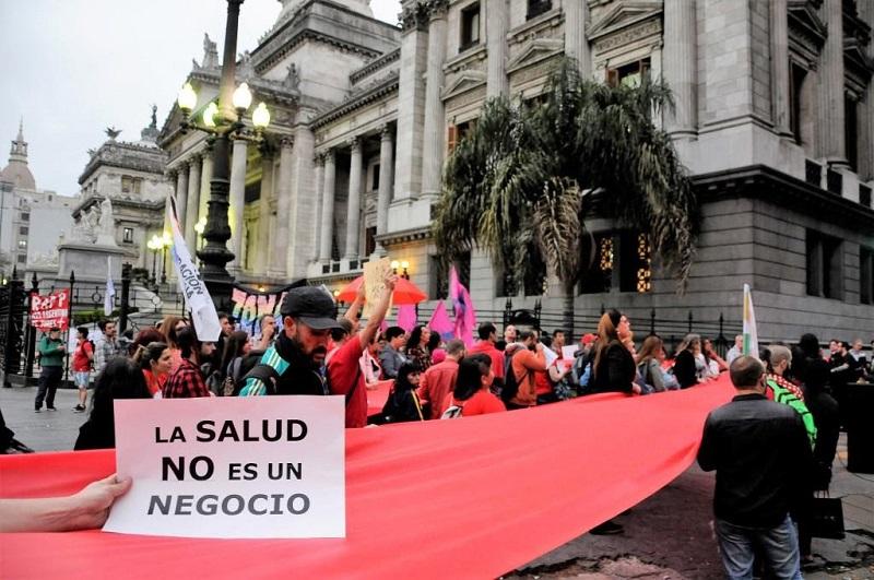 Fundación alerta que le faltan medicamentos para VIH-Sida