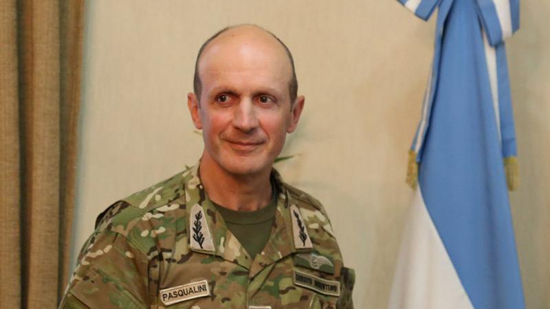 El Presidente Mauricio Macri relevó al Jefe del Ejército