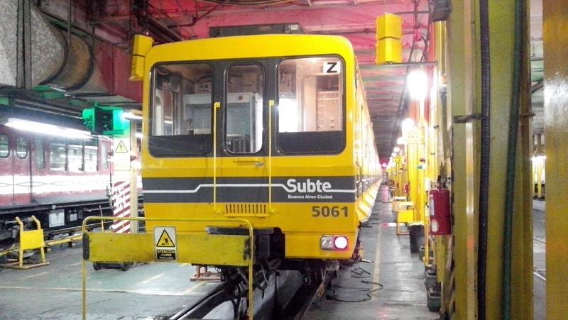 Último momento: retiran trenes del Subte B porque tienen material cancerígeno