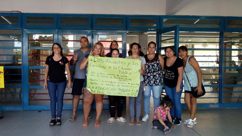 Ramos mej a familias apoyan la lucha docente for Comedores escolares caba