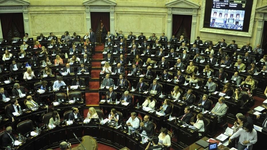 Pichetto se enojó cuando pidieron tratar el desafuero de CFK