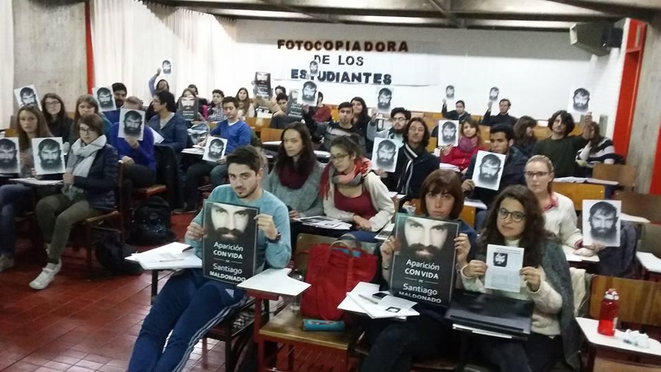 El Gobierno rechazó el abordaje del caso Maldonado en las aulas