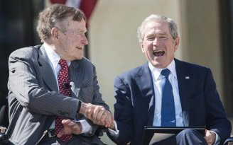George Bush se deslinda de Donald Trump
