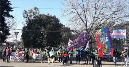Pañuelazo verde y de la diversidad en Berisso