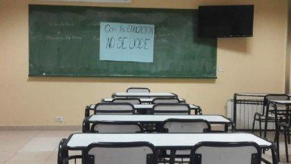 Tras el fracaso del operativo evaluador vamos por un Congreso Pedagógico en defensa de la Educación Superior