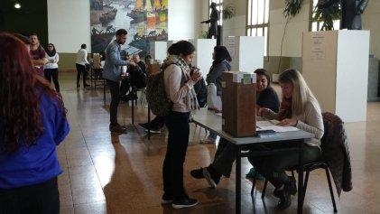 Derecho UBA: el Frente de Izquierda puede sacar al PRO del centro de estudiantes