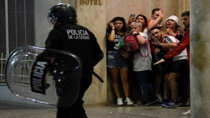 Obelisco: violencia policial en el festejo de los hinchas de River
