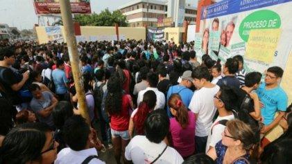 Perú: estudiantes contra el intento de desalojo violento y autoritario
