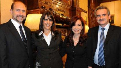 Santa Fe: CFK baja su lista y se subordina al peronismo conservador de Massa y Perotti