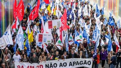Portugal: el Gobierno de Costa dimitirá si los profesores recuperan el sueldo perdido
